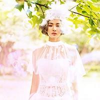 城市花园婚纱摄影:短发新娘的百变造型