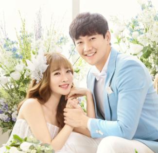 城市花园婚纱摄影礼服师:教您拍韩式婚纱照如何选服装?